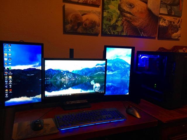 PC_Desk_MultiDisplay92_42.jpg
