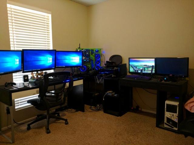 PC_Desk_MultiDisplay92_57.jpg