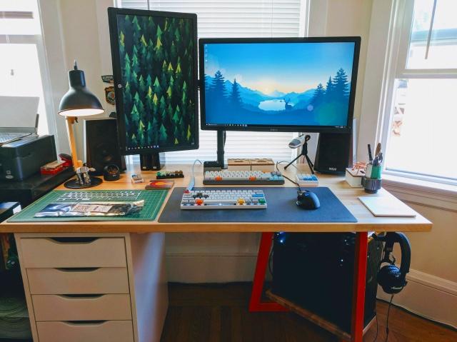 PC_Desk_MultiDisplay94_10.jpg
