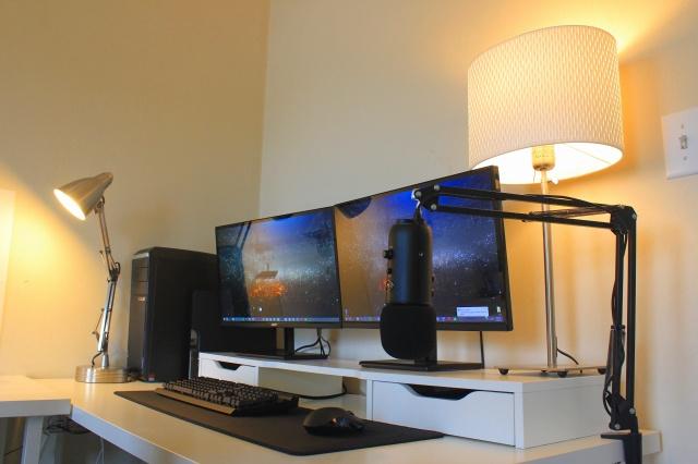 PC_Desk_MultiDisplay94_23.jpg