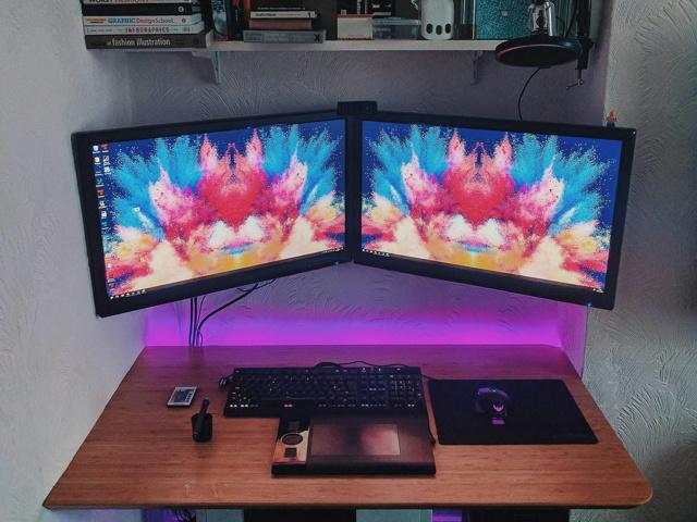 PC_Desk_MultiDisplay94_34.jpg
