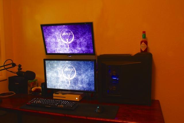 PC_Desk_MultiDisplay94_42.jpg
