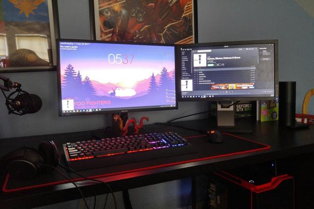 PC_Desk_MultiDisplay94_51.jpg