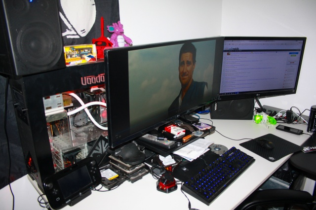 PC_Desk_MultiDisplay94_67.jpg