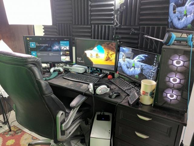 PC_Desk_MultiDisplay96_02.jpg