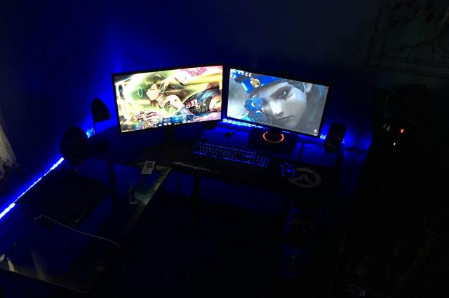 PC_Desk_MultiDisplay96_08.jpg