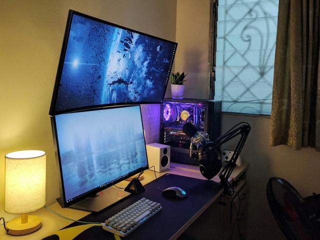 PC_Desk_MultiDisplay96_09.jpg