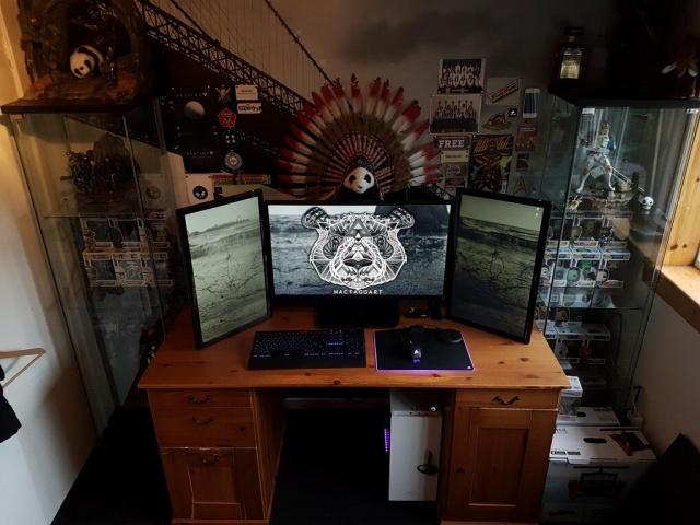 PC_Desk_MultiDisplay96_31.jpg