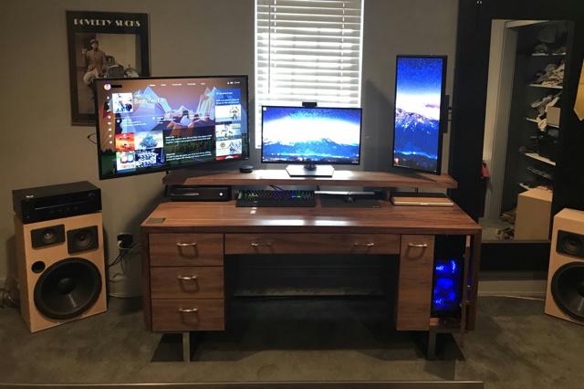 PC_Desk_MultiDisplay96_37.jpg