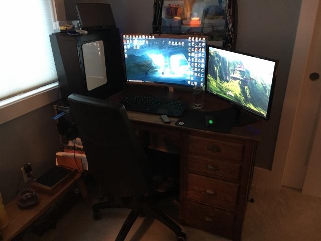PC_Desk_MultiDisplay96_63.jpg