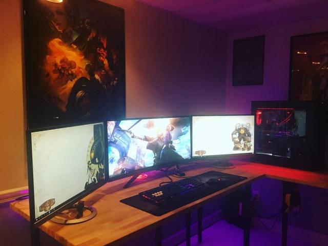 PC_Desk_MultiDisplay98_35.jpg