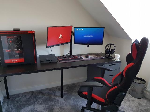 PC_Desk_MultiDisplay99_08.jpg