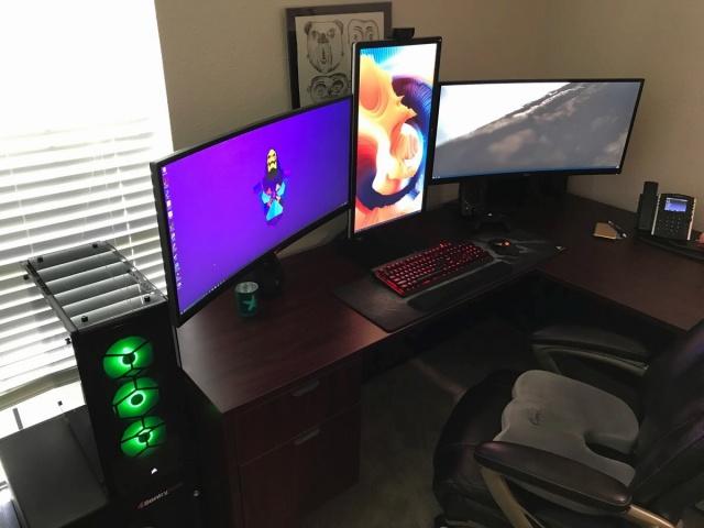 PC_Desk_MultiDisplay99_41.jpg