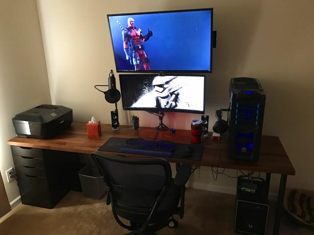 PC_Desk_UltlaWideMonitor19_26.jpg