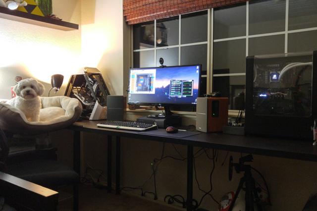PC_Desk_UltlaWideMonitor19_56.jpg