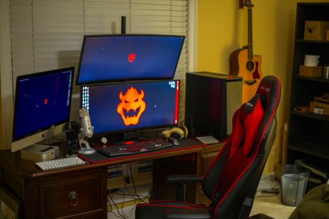 PC_Desk_UltlaWideMonitor20_26.jpg