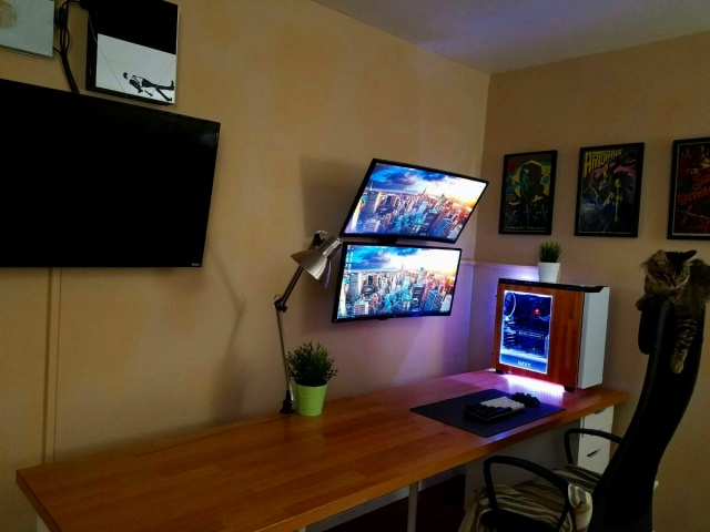 PC_Desk_UltlaWideMonitor20_36.jpg