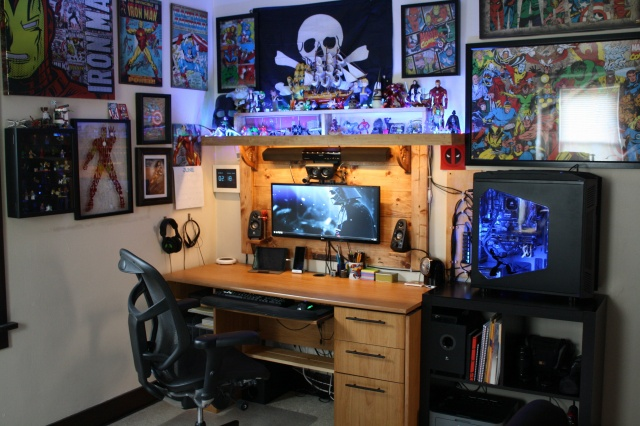 PC_Desk_UltlaWideMonitor23_18.jpg