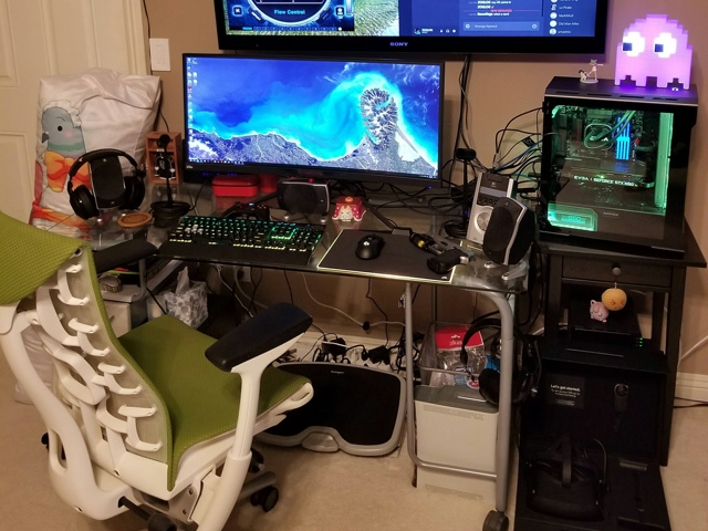 PC_Desk_UltlaWideMonitor24_15.jpg