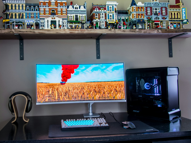 PC_Desk_UltlaWideMonitor24_91.jpg