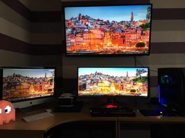 PC_Desk_UltlaWideMonitor25_08.jpg