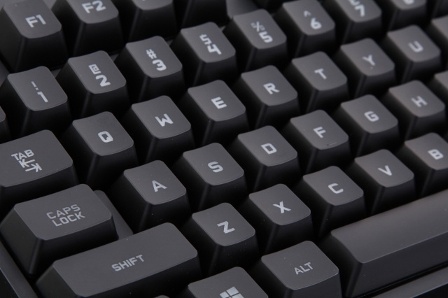 PRO_Tenkeyless_Mechanical_Gaming_Keyboard_04.jpg