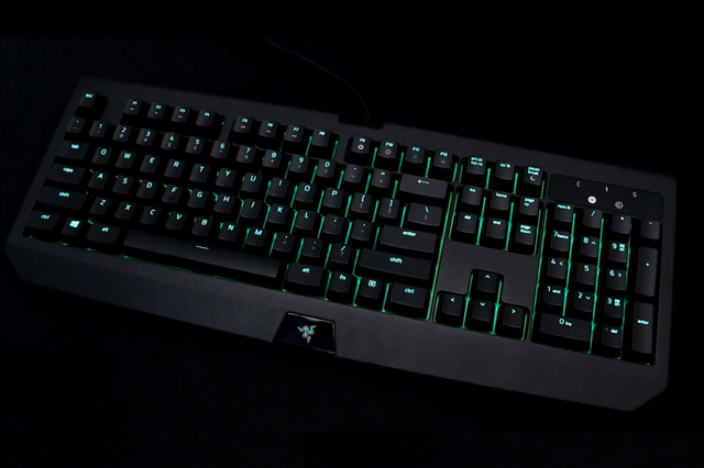 Razer_BlackWidow_Ultimate_2017_01.jpg