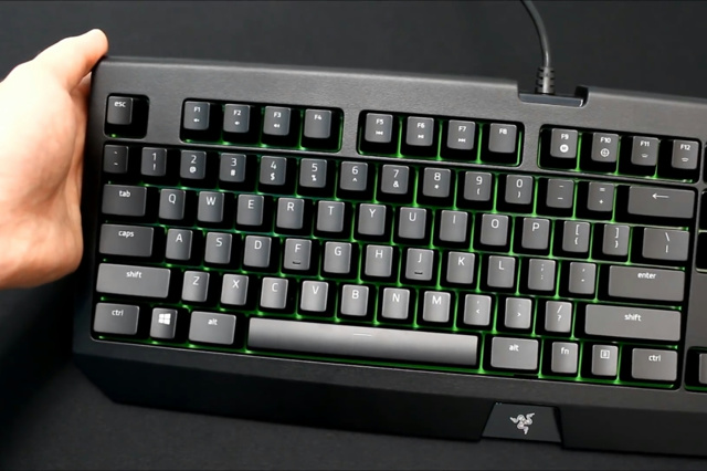 Razer_BlackWidow_Ultimate_2017_02.jpg