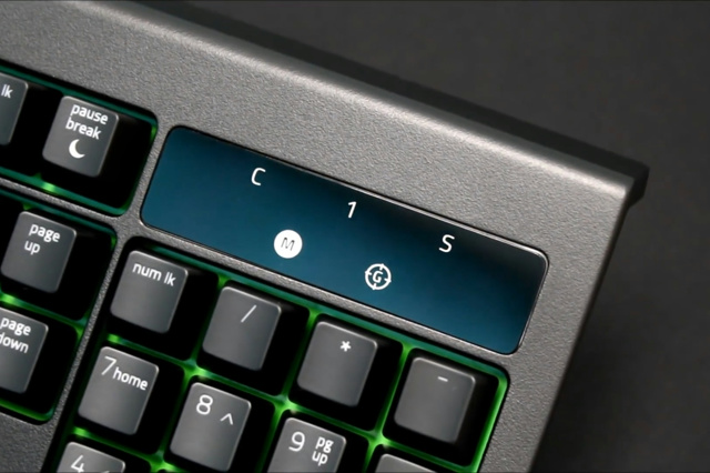 Razer_BlackWidow_Ultimate_2017_05.jpg