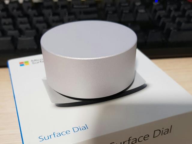 Surface_Dial_08.jpg