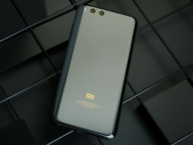 Xiaomi_Mi6_03.jpg