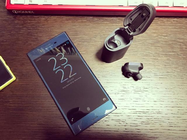 Xperia_Ear_09.jpg