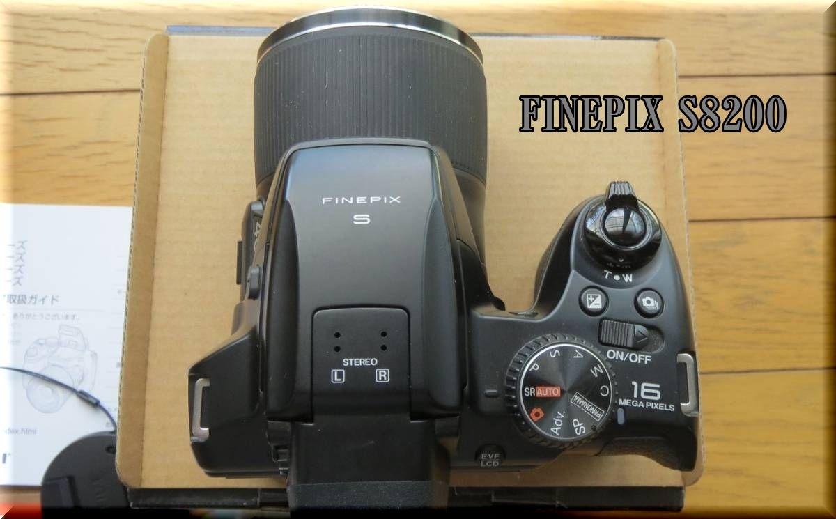 1FINEPIX S8200