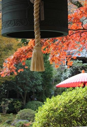 海蔵寺から化粧坂へ