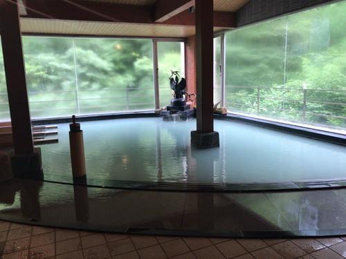 鳴子温泉 湯元 吉祥 (温泉と東北道SAランチ)