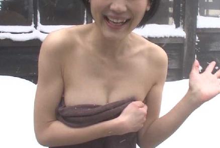 【画像】 温泉宿で本番行為されてる女の子の写真ヤバすぎ・・・